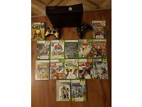 Xbox 360 slim 14 games 2 pads