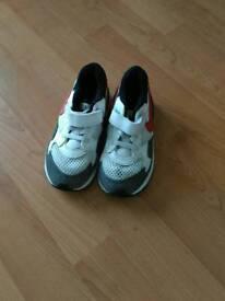 Nike Air Max size 9,5