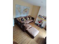 LOVELY 2 BEDROOM FLAT - PART DSS ACCEPTED