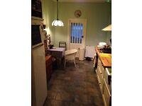Quiet double bedroom in Earlsdon £430(or £400*) PCM