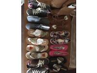 Shoes / boots / sandels.