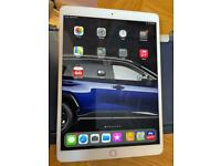 Apple iPad Air 2019 (3) Wifi & 4G excellent condition