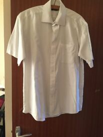 Mans F&F white short sleeved shirt - size 15 1/2