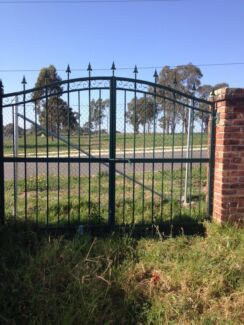 Steel Gate 3 Meters Baulkham Hills The Hills District Preview