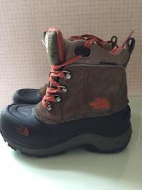 Children's walking boots