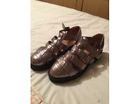Bronze coloured sandals beautiful design size 5