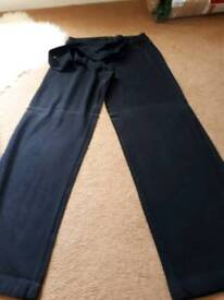 3 pairs of linen trousers 12/10