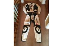 Dainese Yu Ladies two piece motorcycle leathers EU42/UK 10
