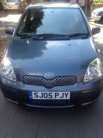 Toyota Yaris 1.3l 2005 3 door hatchback blue £895 ono