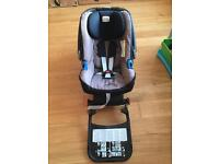 Britax Baby Safe Plus ii Car Seat and Britax Baby safe ISO FIX base