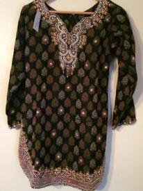 Traditional Pakistani shalwar suit ps