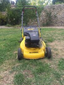 Briggs & Stratton Ironside XP40 Petrol Lawn Mower