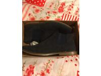 Urban casuals men's navy NWT Chelsea boots