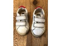 Baby Veja velcro sustainable ethical trainers shoes, size 22