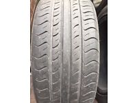 Ford KA black alloy wheels