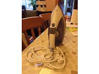 Breville Iron and ironing board - great working order