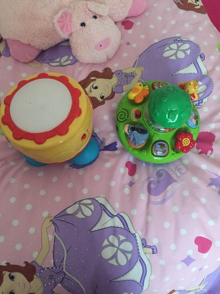 Drum (musical) & musical Winnie the pooh toy