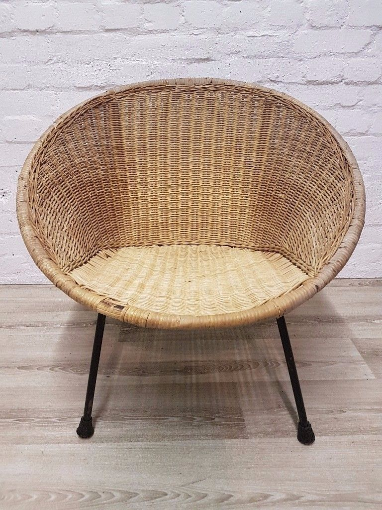 Vintage Wicker Tub Chair (DELIVERY AVAILABLE FOR THIS ITEM OF FURNITURE)