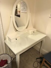 TAKEN: Dressing table with mirror and 3 drawers