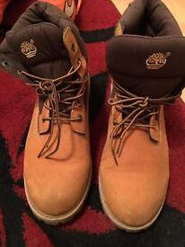 Timberland boots size 6 men, hardly worn!