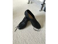 Katz women's or girls black leather Oxford style tap shoes with teletone taps size 4.5