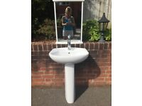 Pedestal washbasin, perfect condition, complete with single mixer tap & accessories