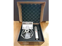 SE Electronics SE2200a Microphone with Shock Mount