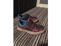 9.5 f clarks shoes