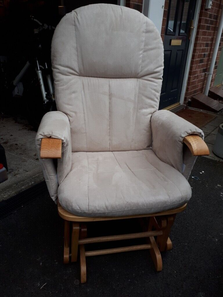 outlet store 05cfe 89272 Reclining gliding chair and foot stool - Tutti Bambini | in Rothwell, West  Yorkshire | Gumtree