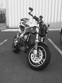 Honda fireblade (streetfightered)