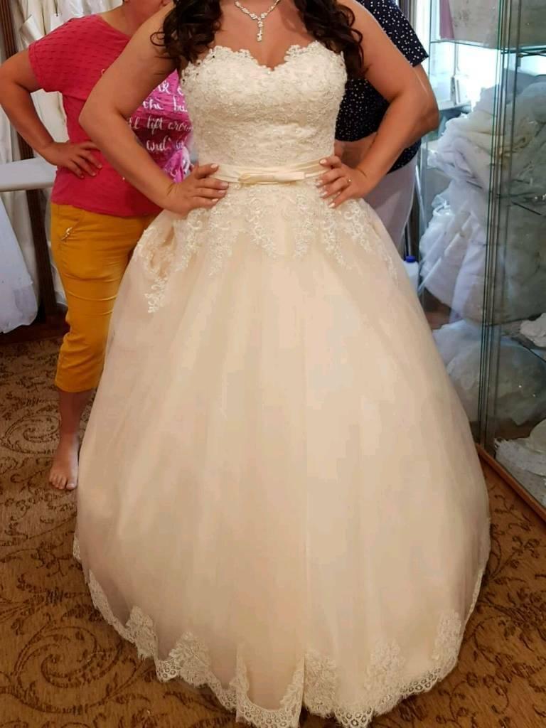 Where Can I Sell My Wedding Dress Uk Pemerintah Kota Ambon