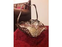 1900s Antique Vintage Beautiful Detailed Decorative Silver Plated Fruit Bowl