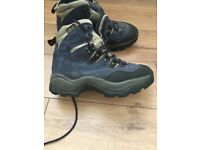 Salomon goretex ladies hiking boots