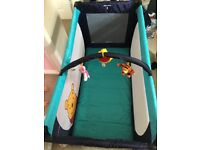Hauck Winnie the Pooh travel cot in great condition