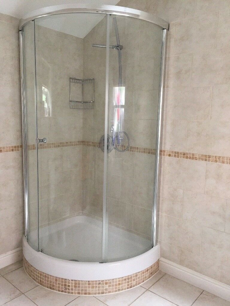 Matki Radiance Curved Corner Shower Enclosure/Surround complete with ...