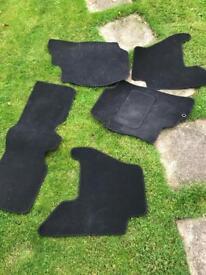 Nissan Pathfinder carpets