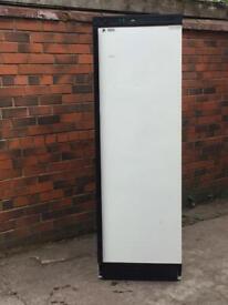 single door commercial fridg used for restaurant £220 price