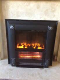 Dimplex Focal Point Fire with Optiflame and 2 kw Whisperheat radiant fan