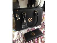Handbag set brand new