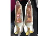 Gorgeous Ted Baker shoes size 6