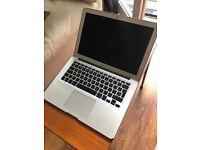 MacBook Air 13-inch / Processor 2,2 / Memory 8GB