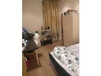 Ensuite room available to rent for students in Leeds