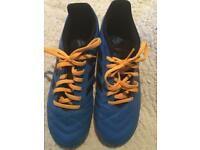 Adidas football boots size 7