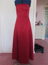 Debenhams Debut Red Evening/Prom fully lined dress Size 12 Excellent Condition