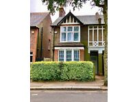 Large 3 Bedroom House, Newly refurbished, Wardown Park Area, 10 mins walk to Station