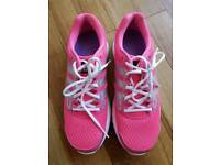 Size 7 - Womens Adidas Running Trainers