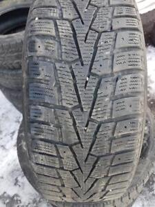 4 PNEUS HIVER - NEXEN 205 55 16 - 4 WINTER TIRES