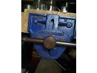 Original Record '52' Joiners Vice