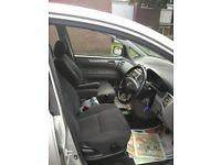 TOYOTA AVENSIS VERSO 2.0LT - D4D - 7 SEATER - 5 DOOR - MPV - 2004 - 114BHP - MANUAL - DIESEL - SILVE