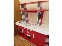 Early learning centre retro kitchen